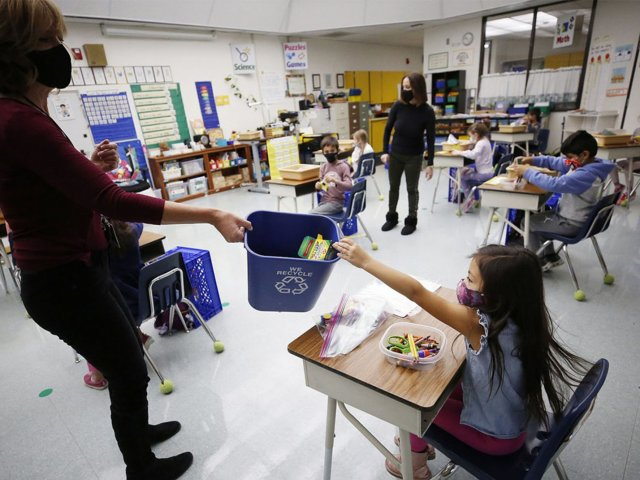 CDC, Ed Dept. Issue Guidance On Reopening Schools